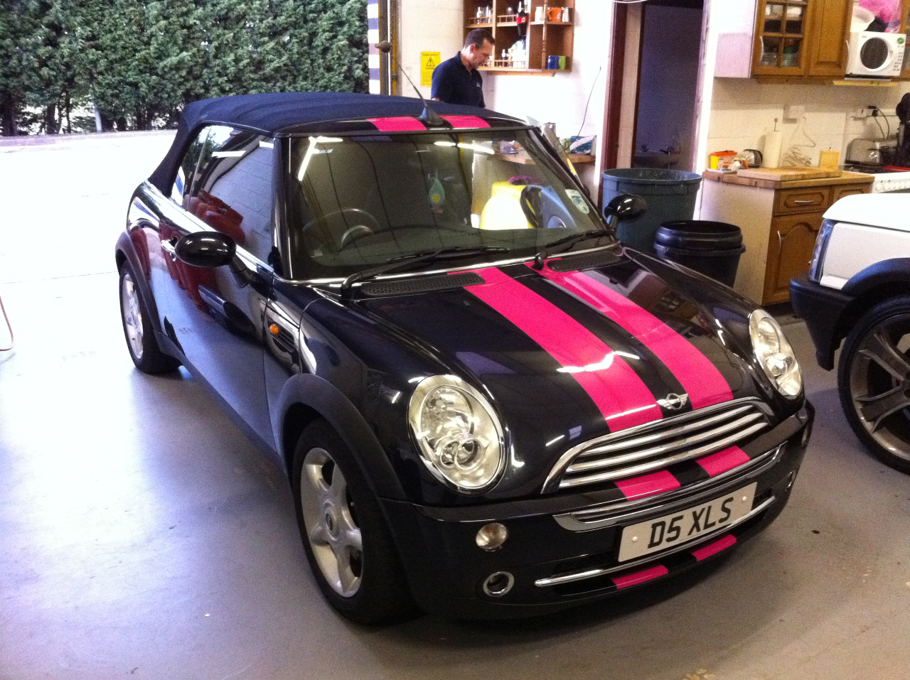 mini cooper pink gt stripes 1 ambient graphics. Black Bedroom Furniture Sets. Home Design Ideas